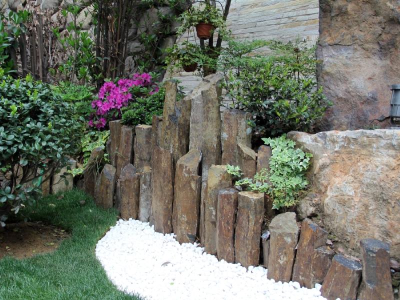 Basalt column accent rocks