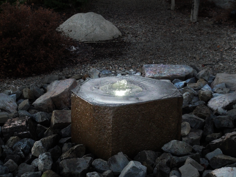 Basalt polished lighted fountain