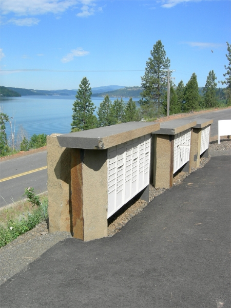 Basalt supports for mailboxes