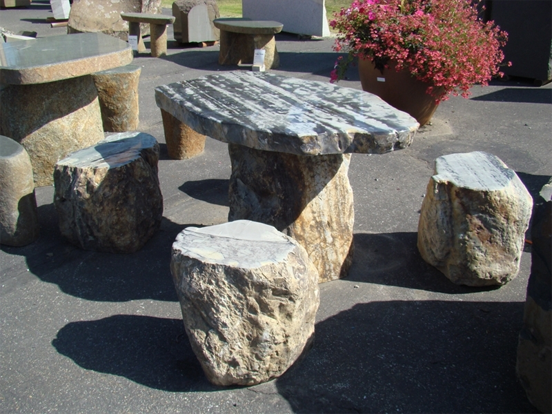 Black dragon table stools