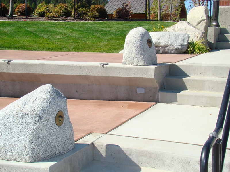 Salt and pepper granite pathway lights