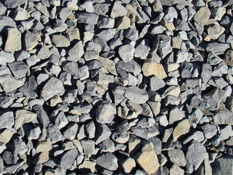 2 inch basalt chips