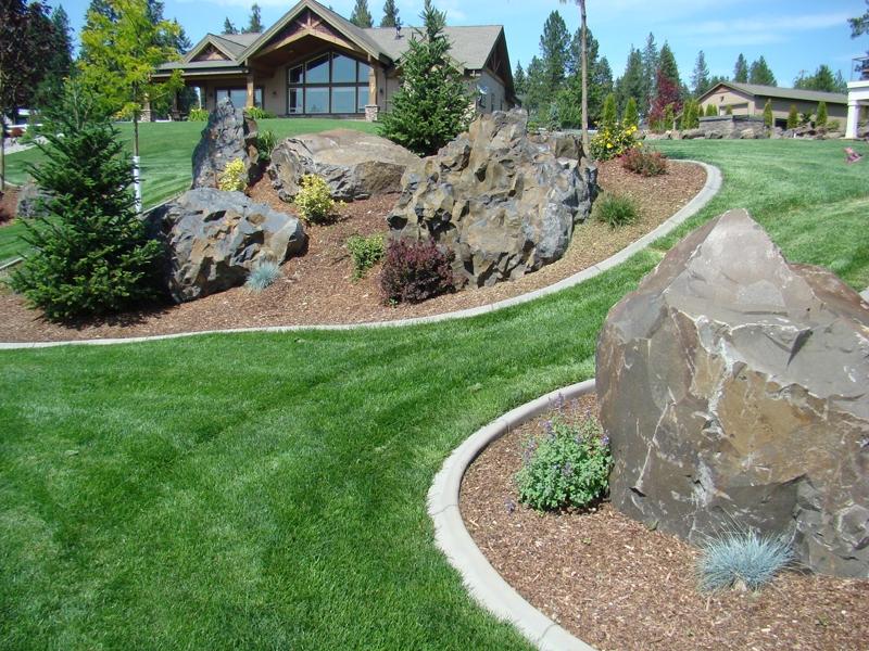 Basalt boulders