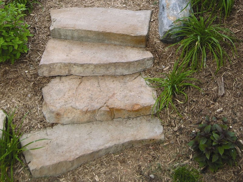 Irregular cast stairs